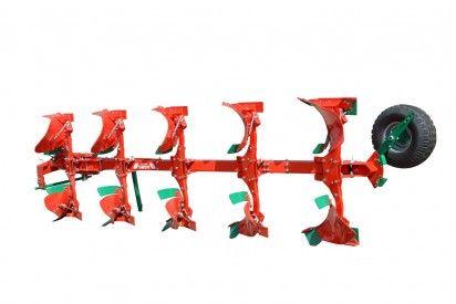 Pług obracalny 3-skibowy