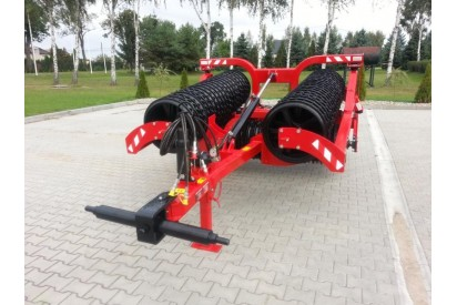 Wał uprawowy hydrauliczny szer.5m