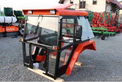 Kabina do ciągnika C-360 De - Lux z błotnikami