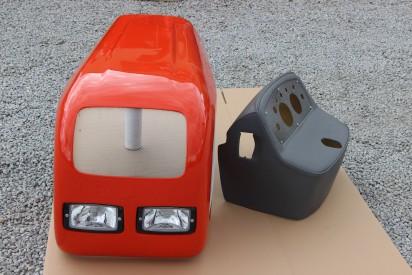 Maska z pulpitem do ciągnika C-330