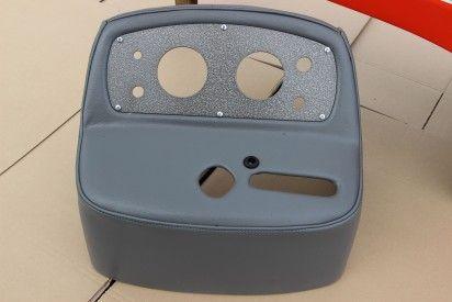 Maska do ciągnika C-360 firmy Naglak