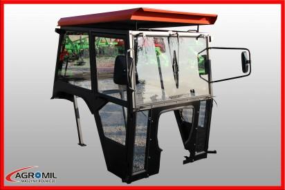 Kabina do ciągnika C-360 bez błotników