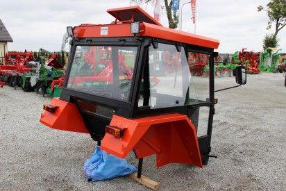 Kabina do ciągnika C-360 D-Lux z błotnikami