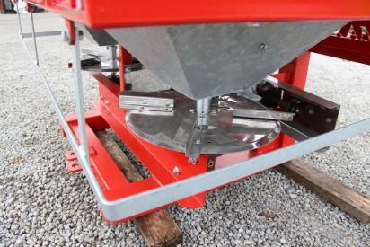 Rozsiewacz 1000l sterowanie hydrauliczne