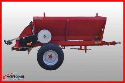 Rozsiewacz uniwersalny UPR2, 1700 litrów
