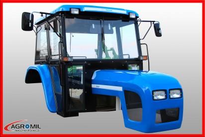 Kabina do ciągnika C-360 z błotnikami i dachem z tworzywa + maska Naglak kolor wiśniowy