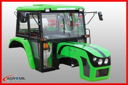 Kabina do ciągnika C-360 z błotnikami i dachem z tworzywa + maska  kolor zielony model 04