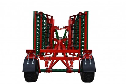 Agregat o szer. 4,0m hydraulicznie składany